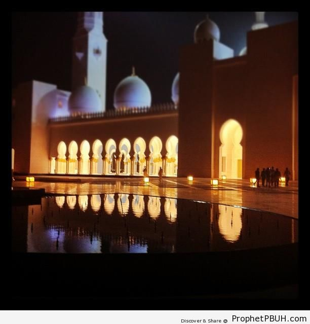 Abu Dhabi-s Grand Mosque at Night - Abu Dhabi, United Arab Emirates