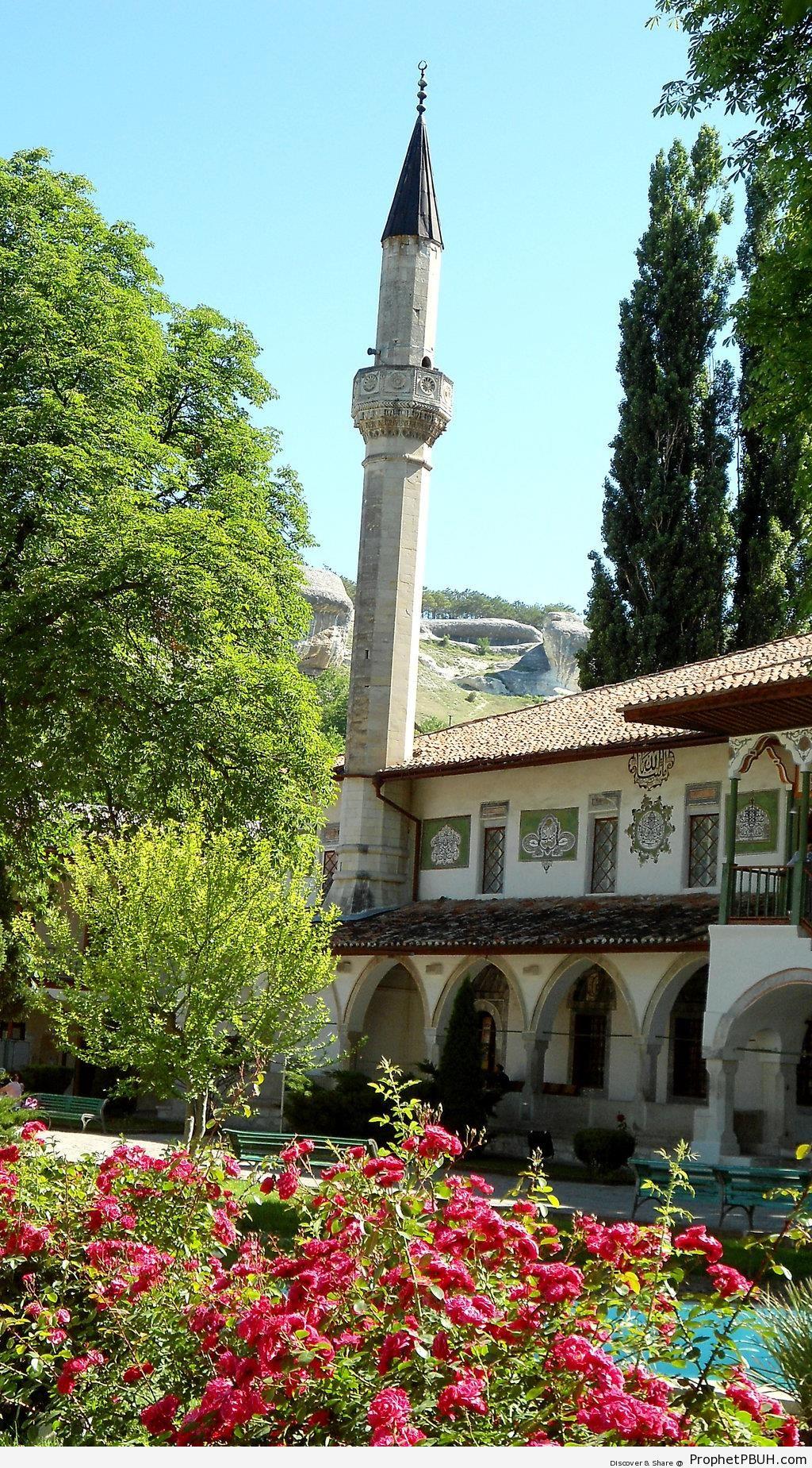 BÃyÃk Han Cami (The Big Khan Mosque) in Bakhchysarai, Ukraine - Bakhchysarai, Crimea, Ukraine -Picture