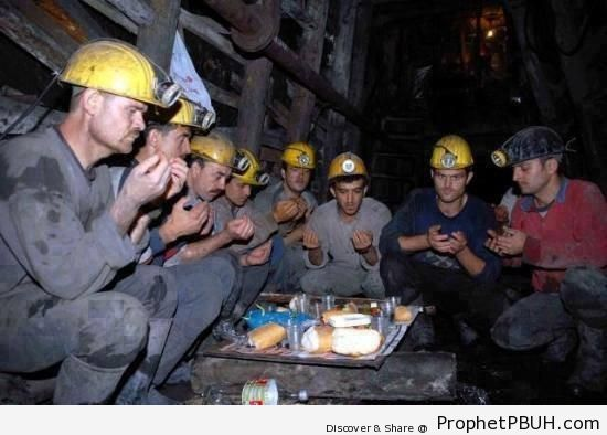 Bosnian Coal Miners Breaking Their Fast - Photos