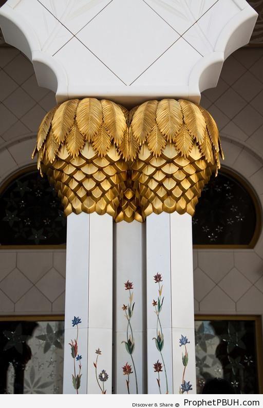 Columns at Sheikh Zayed Grand Mosque, Abu Dhabi - Abu Dhabi, United Arab Emirates