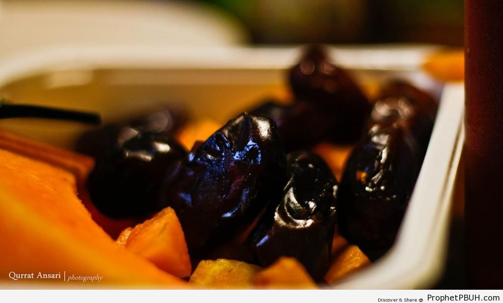 Dates (Taken Ramadan 2010) - Photos by Qurrat Ansari -