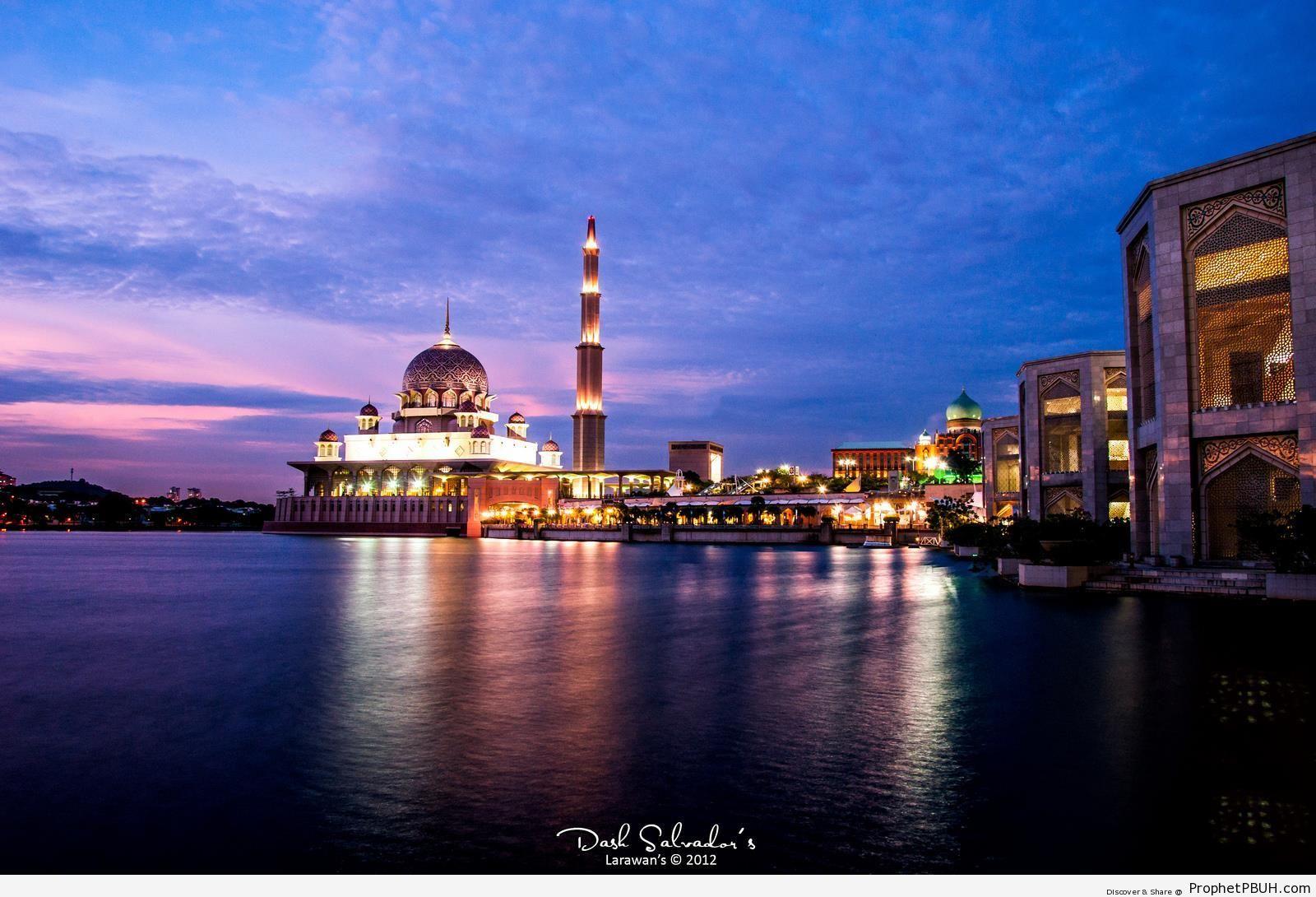 Evening Putra Mosque - Islamic Architecture -Picture