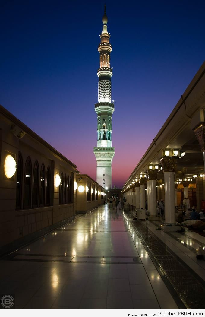 Evening at the Prophet-s Mosque ï·º - Al-Masjid an-Nabawi (The Prophets Mosque) in Madinah, Saudi Arabia -Picture