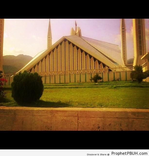 Faisal Mosque in Islamabad, Pakistan - Faisal Mosque in Islamabad, Pakistan