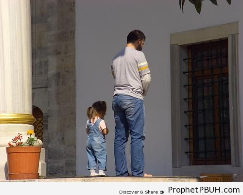 Father and Little Daughter Praying - Muslimah Photos (Girls and Women & Hijab Photos)
