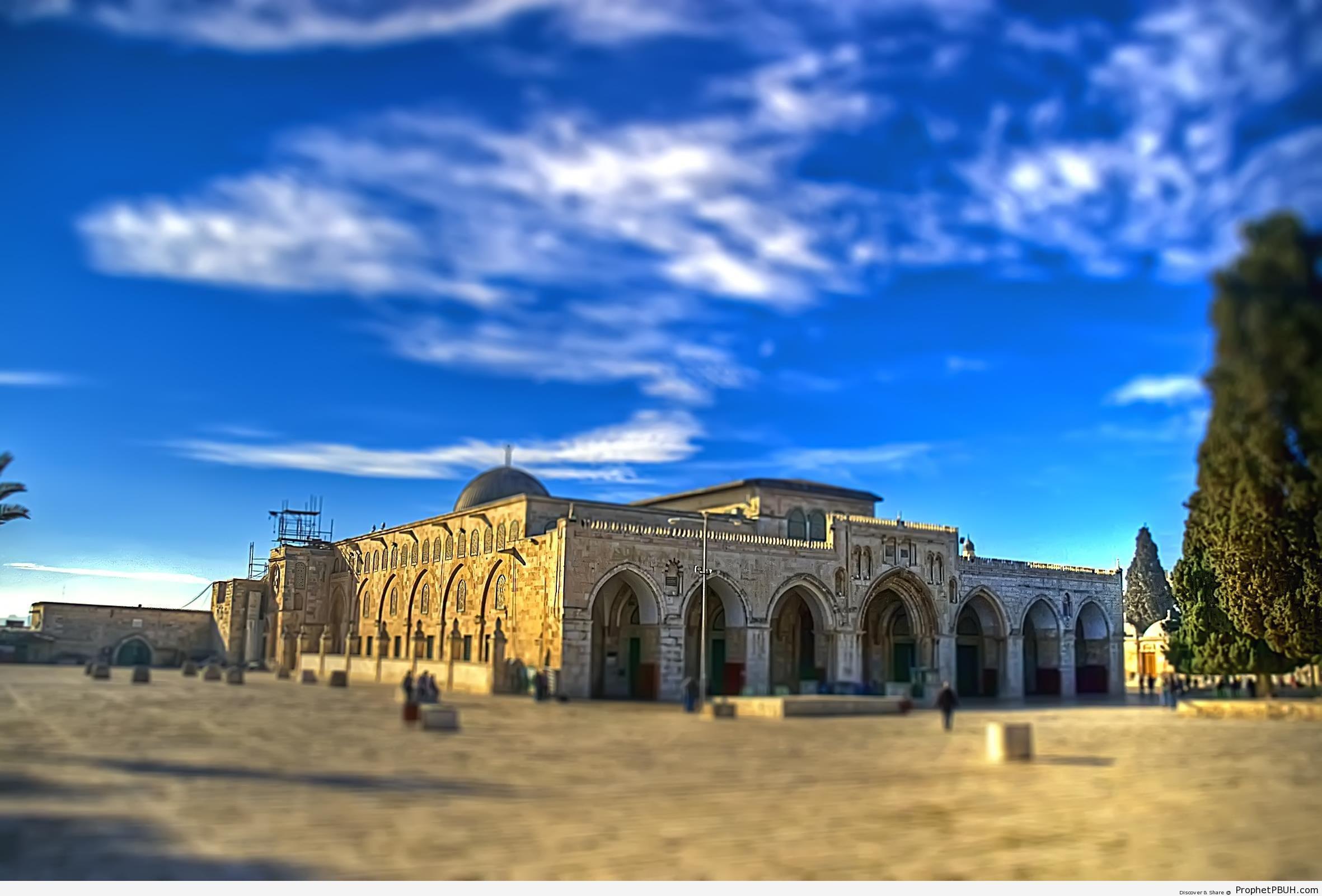 HDR Shot of Al-Aqsa Mosque (Bayt al-Muqaddas) in Jerusalem, Palestine - Al-Aqsa Mosque (Bayt al-Muqaddas) in Jerusalem, Palestine -Picture