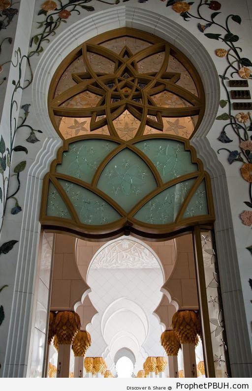 Inside Sheikh Zayed Grand Mosque, Abu Dhabi - Abu Dhabi, United Arab Emirates