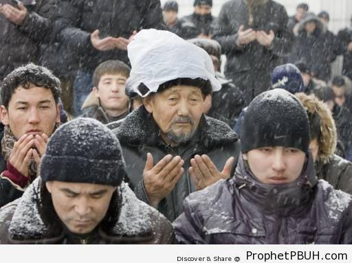 Kazakhstan Jum-a (Friday) Prayer in the Snow - Kazakhstan -003