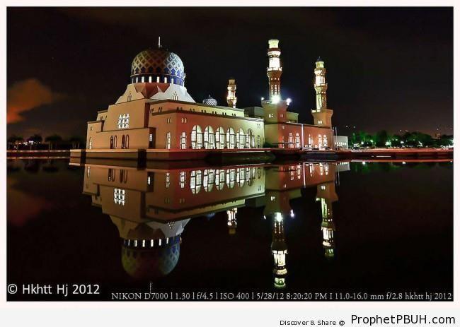 Masjid Bandaraya at Night (Sabah, Malaysia) - Islamic Architecture