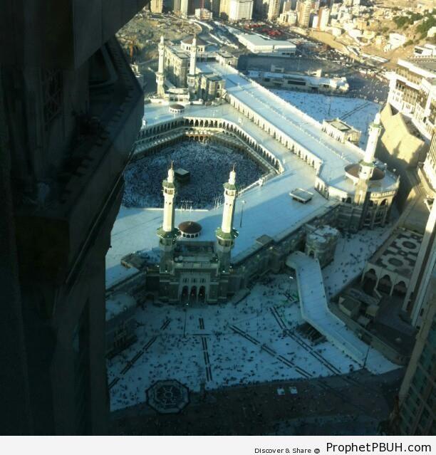 Masjid al-Haram Entrance and the Kaba from Above - al-Masjid al-Haram in Makkah, Saudi Arabia