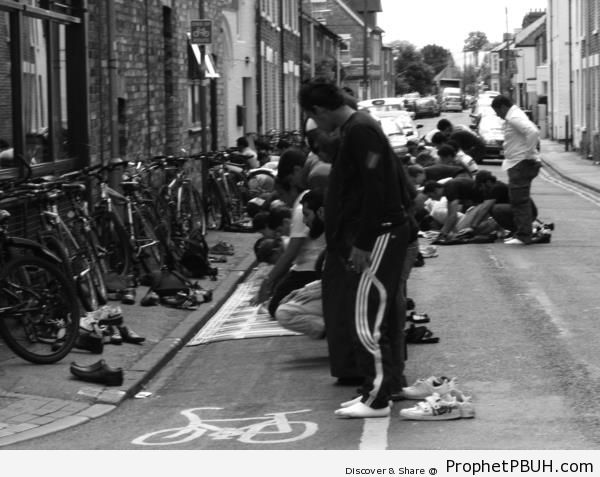 Men Praying Friday Prayers on the Street - Islamic Black and White Photos