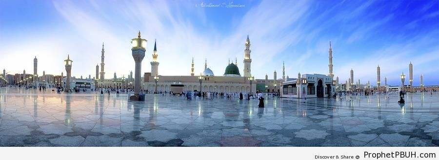Mosque of the Mercy to Mankind in Madinah - Al-Masjid an-Nabawi (The Prophets Mosque) in Madinah, Saudi Arabia