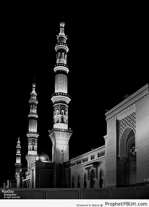 Mosque of the Prophet (Madinah) - Al-Masjid an-Nabawi (The Prophets Mosque) in Madinah, Saudi Arabia -002