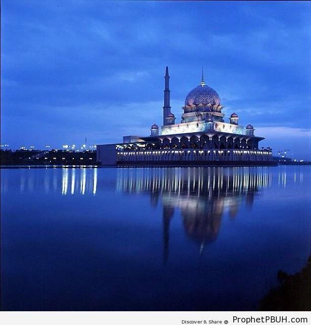 Putra Mosque in Putrajaya, Malaysia - Islamic Architecture