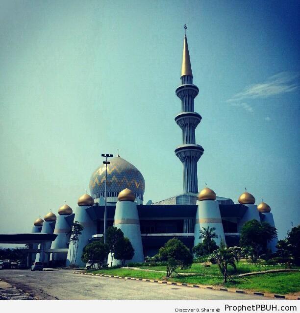 Sabah State Mosque (Masjid Negeri Sabah) - Islamic Architecture