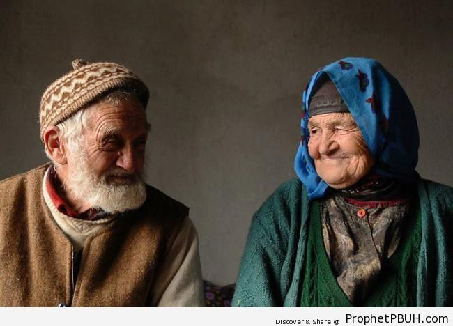 Smiling Elderly Muslim Husband and Wife Couple - Photos of Elderly Male Muslims