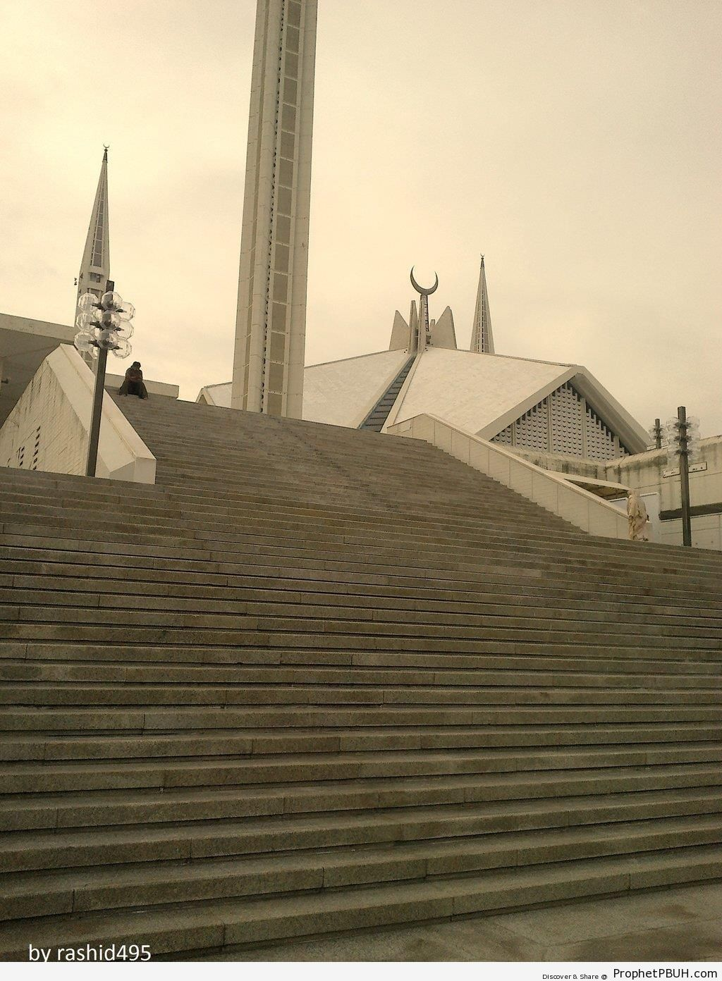 Steps Leading to Faisal Mosque (Islamabad, Pakistan) - Faisal Mosque in Islamabad, Pakistan