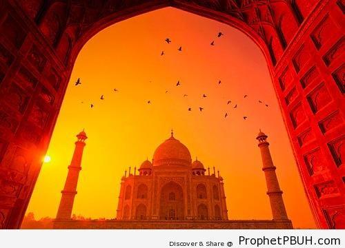 Sunset at Taj Mahal in Agra, India - Agra, India