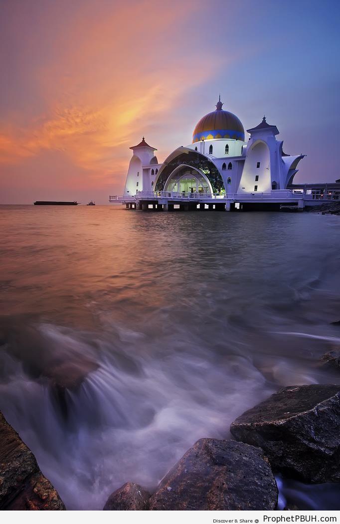 The Malacca Straits Mosque on Malacca Island, Malaysia - Malacca Island, Malaysia -Picture