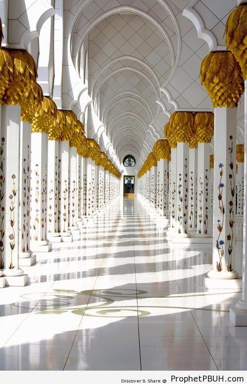 View Through the Arcades (Sheikh Zayed Grand Mosque, Abu Dhabi) - Abu Dhabi, United Arab Emirates