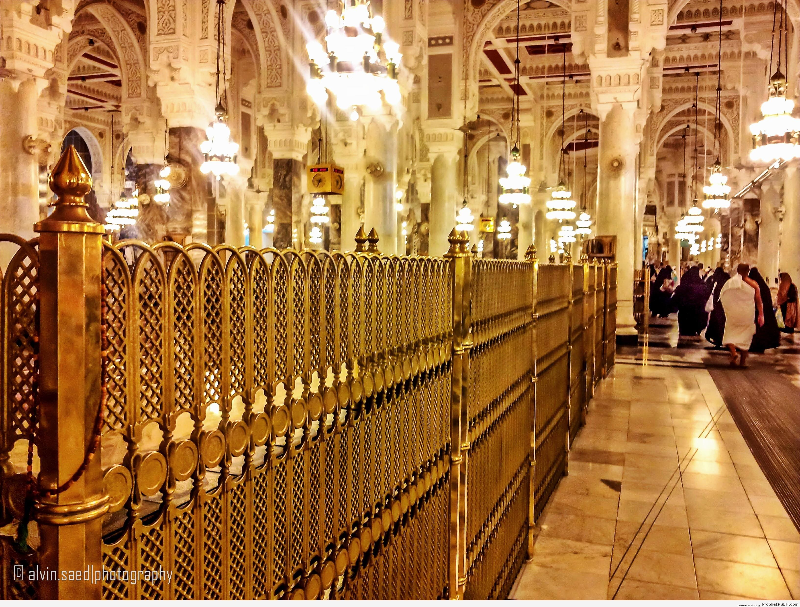 Inside Masjid al-Haram (Makkah, Saudi Arabia) - al-Masjid al-Haram in Makkah, Saudi Arabia -Picture