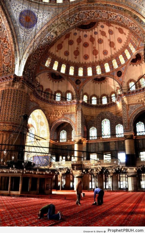 Man Making Sujood Inside Sultan Ahmed Mosque (Istanbul, Turkey) - Islamic Architecture