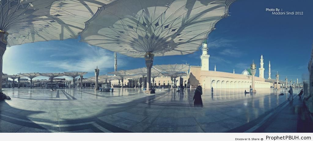Panorama of the Prophet-s Mosque (Madinah, Saudi Arabia) - Al-Masjid an-Nabawi (The Prophets Mosque) in Madinah, Saudi Arabia -Picture