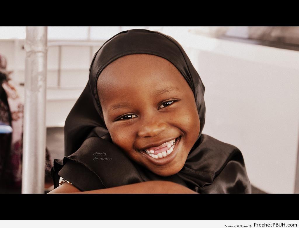 Smiling Little Tanzanian Hijabi - Muslimah Photos (Girls and Women & Hijab Photos) -